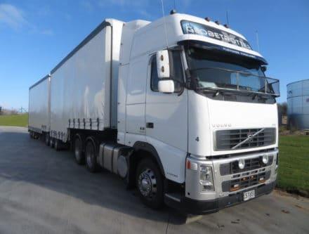IMG 2627 440x333 - 2008 Volvo FH12