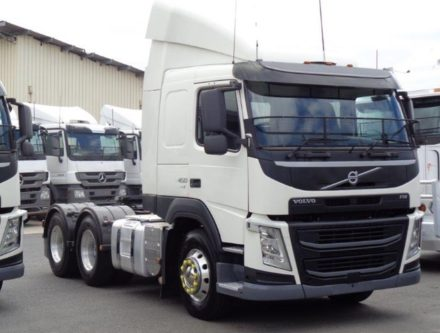 DSC05364 440x333 - 2014 Volvo FM450
