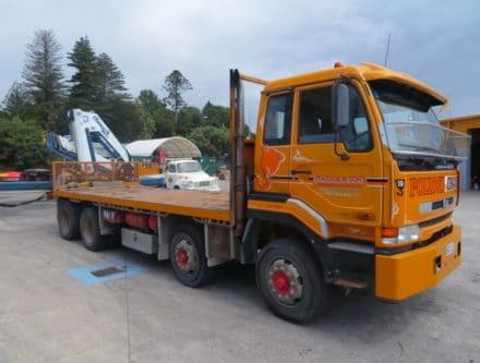 IMG 2842 440x333 - 2000 Nissan CG400