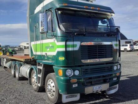 20210531 132752 440x333 - 2008 Freightliner Argosy